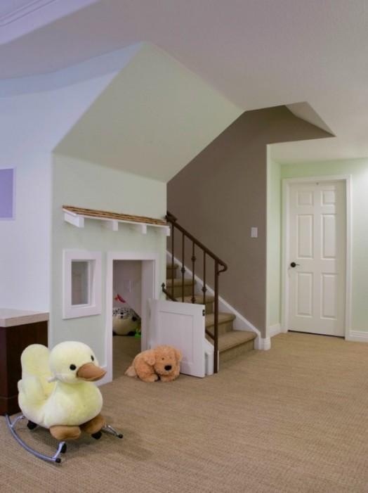 idea tempat main anak bawah tangga4