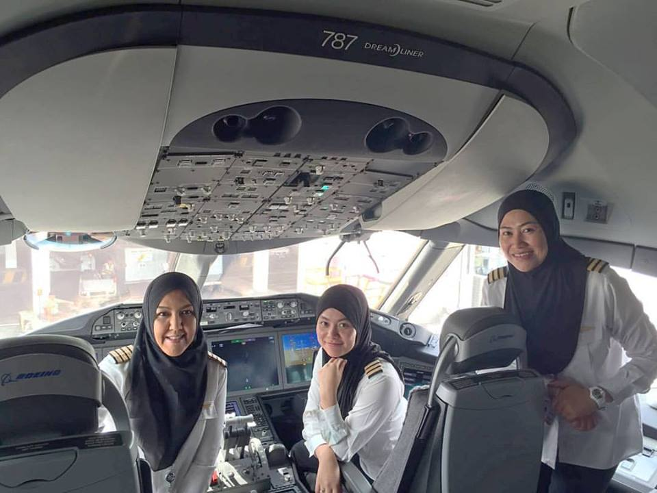 pilot wanita RB Airlines